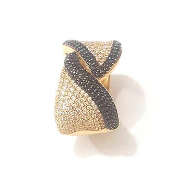 Anel em ouro com zircônias brancas e negras-592