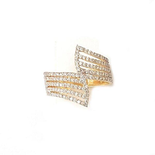 Anel em ouro com zircônias-634